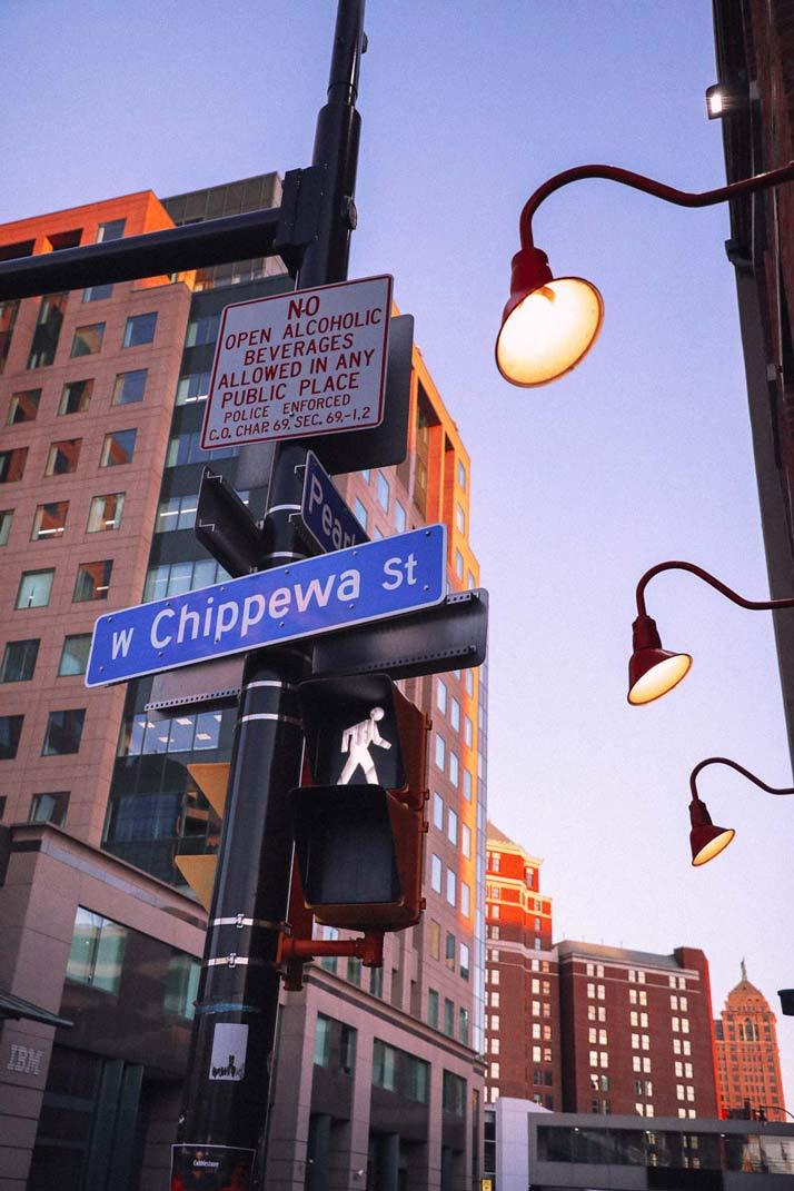 Chippewa-Street-Night3
